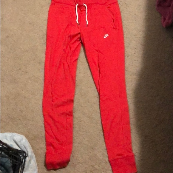 Red Nike Joggers 481f7b501